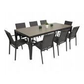 ST 4 bord og 8 Achen stoler
